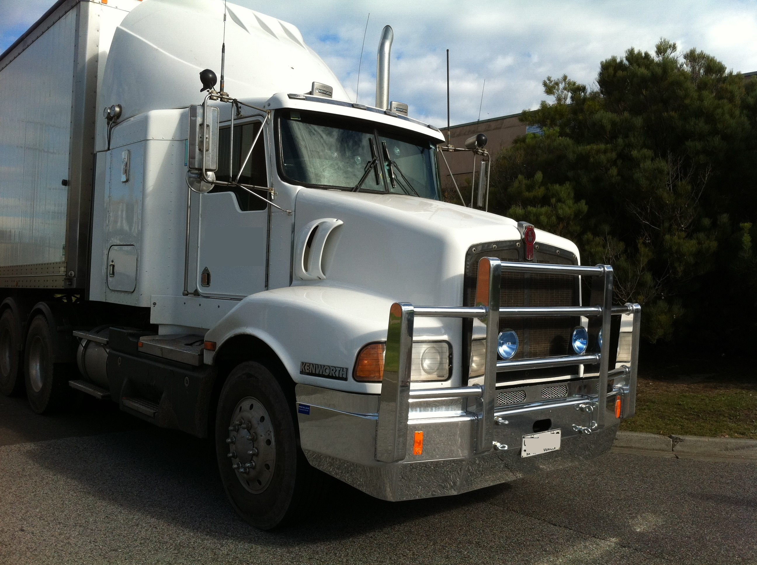 Slider-3-Kenworth-Bullbar
